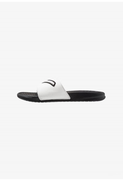 Black Friday 2020 | Nike BENASSI JDI CHENILLE - Mules black/summit white liquidation