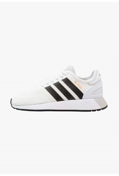 Adidas Baskets basses footwear white/core black/grey one pas cher