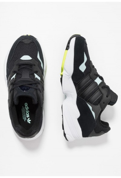Adidas YUNG-96 - Baskets basses core black/clear mint pas cher