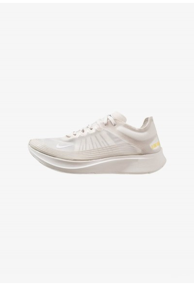Nike ZOOM FLY SP - Chaussures de running compétition white liquidation