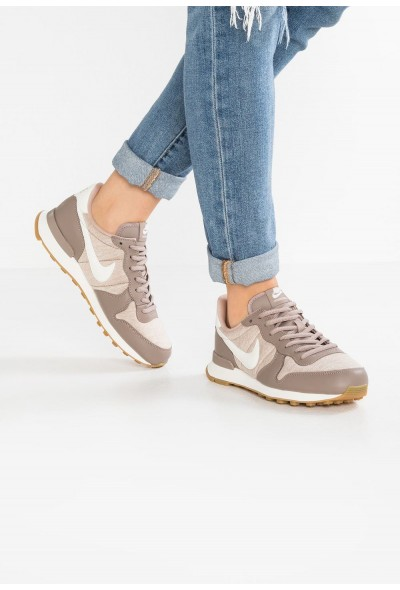 Nike INTERNATIONALIST - Baskets basses sepia stone/sail/sand/light brown liquidation