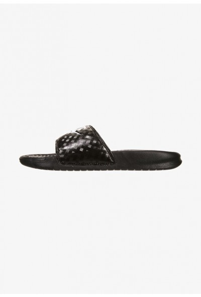 Black Friday 2020 | Nike BENASSI JDI - Mules black/white  liquidation