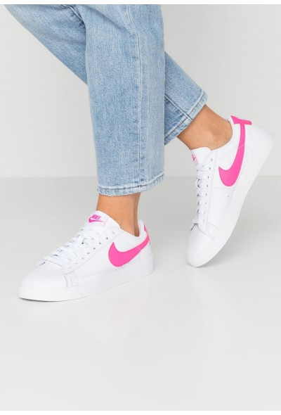 Nike BLAZER - Baskets basses white/laser fuchsia liquidation