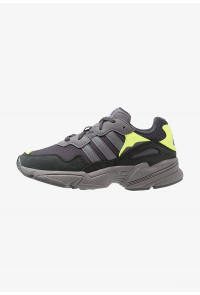Adidas YUNG-96 - Baskets basses carbon/grey four/solar yellow pas cher