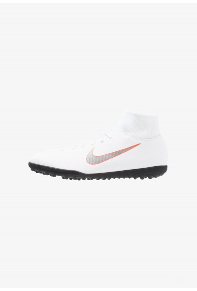 Nike SUPERFLYX 6 CLUB TF - Chaussures de foot multicrampons white liquidation