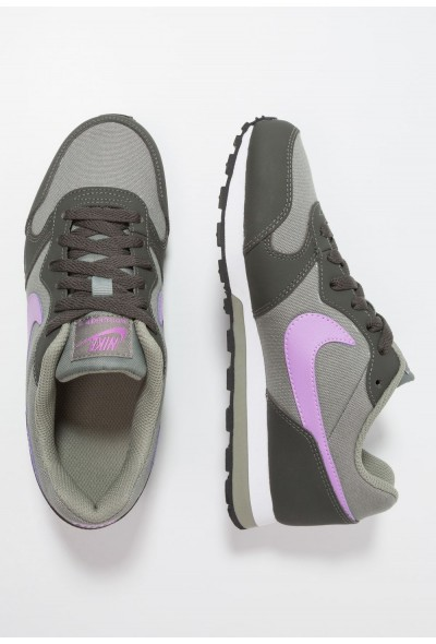 Nike MD RUNNER  - Baskets basses dark stucco/fuchsia glow/newsprint/white liquidation