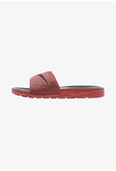 Nike BENASSI SOLARSOFT - Mules university red/black liquidation