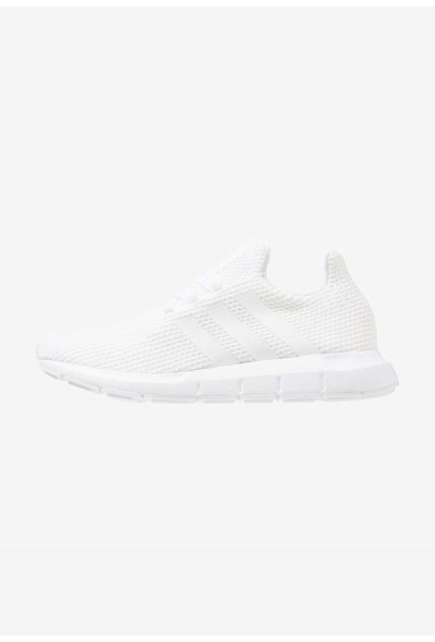 Cadeaux De Noël 2019 Adidas SWIFT RUN - Baskets basses footwear white/core black pas cher