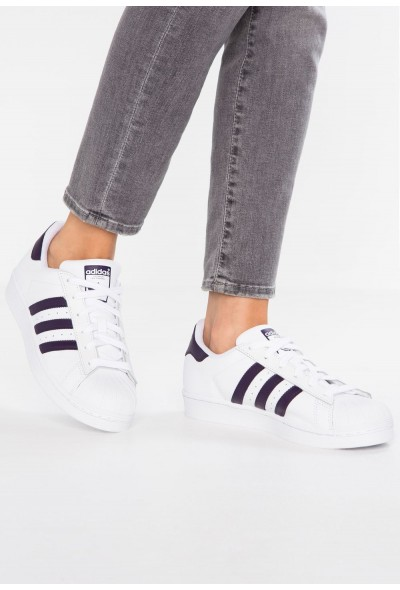 Adidas SUPERSTAR - Baskets basses footwear white/legend purple pas cher