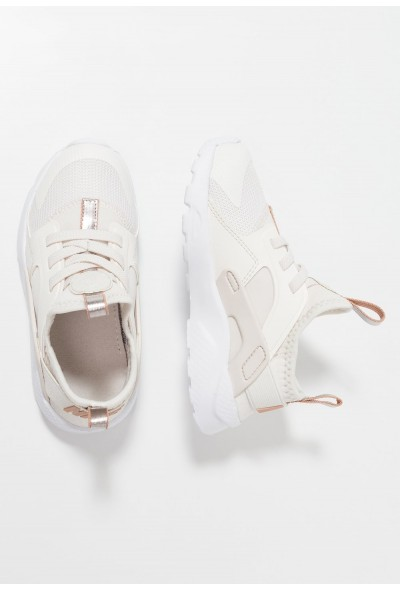 Nike HUARACHE RUN ULTRA - Mocassins phantom/metallic red bronze/white liquidation