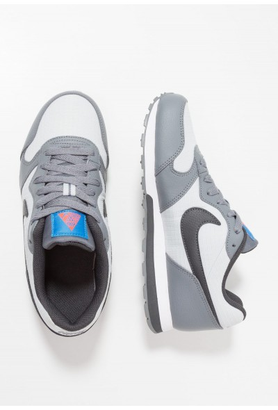 Nike MD RUNNER 2 - Baskets basses pure platinum/anthracite/cool grey/photo blue liquidation