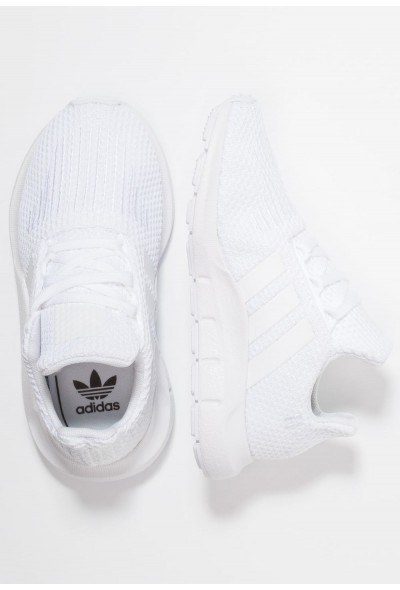 Adidas SWIFT RUN - Baskets basses footwear white pas cher