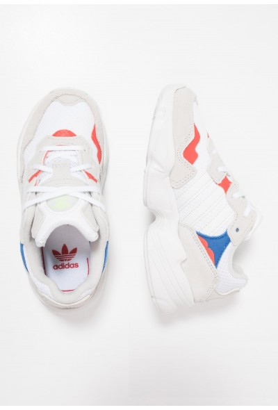 Adidas YUNG-96 - Baskets basses footwear white/crystal white/active red pas cher