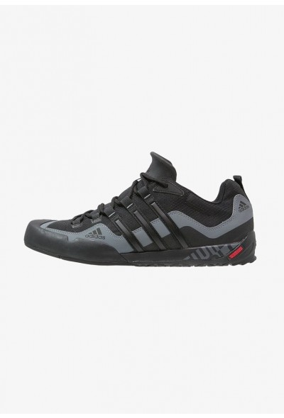 Black Friday 2019 | Adidas TERREX SWIFT SOLO - Chaussures de marche black/lead pas cher