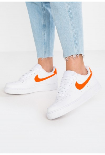 Cadeaux De Noël 2019 Nike AIR FORCE 1'07 - Baskets basses white/total orange liquidation