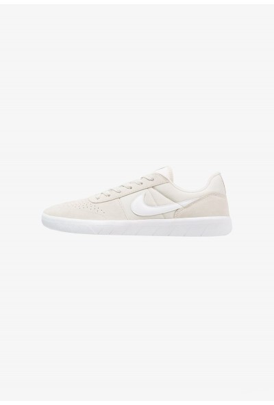 Nike TEAM CLASSIC - Baskets basses light bone/white/ridgerock liquidation