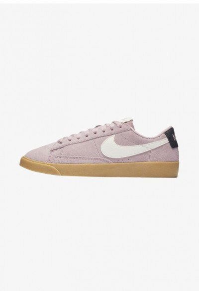 Nike BLAZER - Baskets basses plum chalk/oil grey/gum light brown/sail liquidation