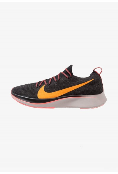 Nike ZOOM FLY FK - Chaussures de running neutres black/flash crimson/orange peel/moon particle liquidation