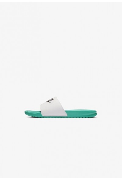 Black Friday 2020 | Nike BENASSI JDI - Sandales de bain mint/white/black liquidation
