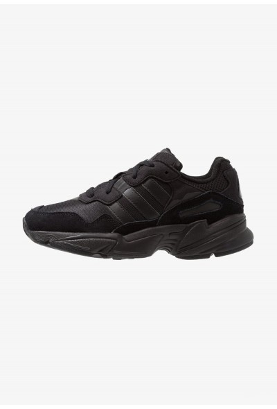 Black Friday 2020 | Adidas YUNG-96 - Baskets basses core black/carbon pas cher