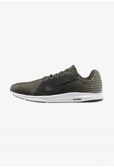 Nike DOWNSHIFTER 8 - Chaussures de running neutres sequoia/black/spruce fog/white liquidation