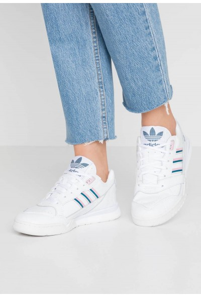 Adidas A.R. TRAINER  - Baskets basses footwear white/true pink/tech mint pas cher