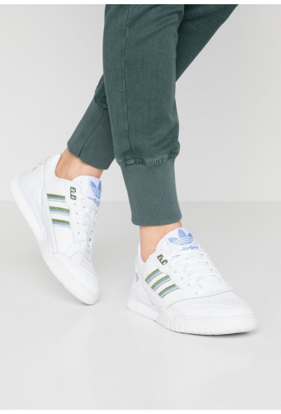 Adidas A.R. TRAINER  - Baskets basses footwear white/tech olive/real blue pas cher