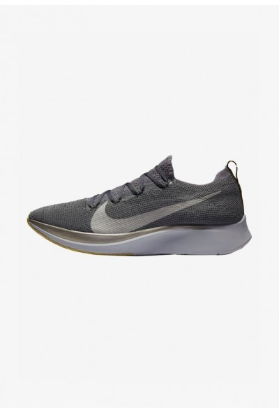 Nike ZOOM FLY FK - Chaussures de running neutres dark grey/black/ metallic grey liquidation