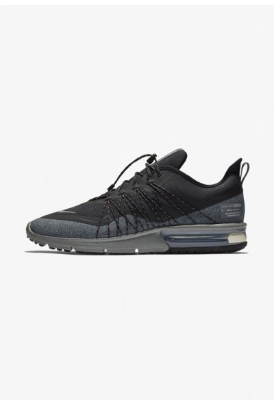 Black Friday 2019 | Nike AIR MAX SEQUENT 4 UTILITY - Chaussures de running neutres black/dark grey/metallic silver liquidation