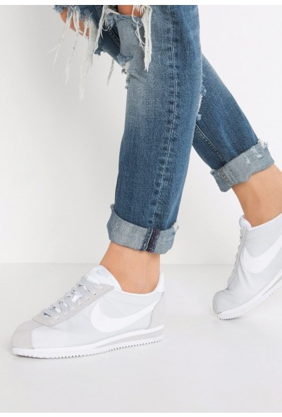 Black Friday 2020 | Nike CLASSIC CORTEZ - Baskets basses pure platinum/white liquidation