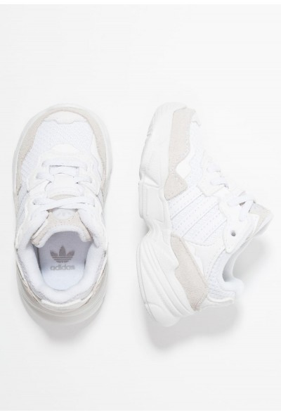 Adidas YUNG-96 EL - Mocassins footwear white/grey two pas cher