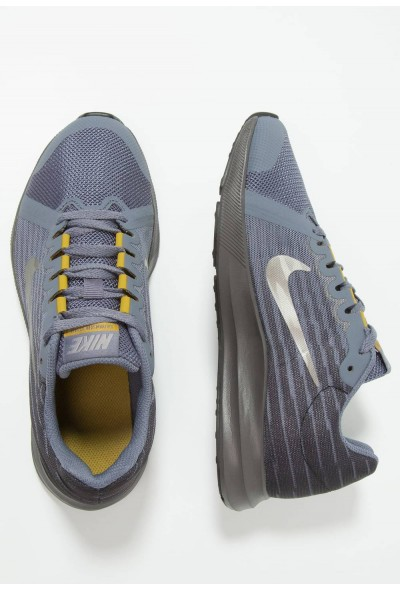 Nike DOWNSHIFTER  - Chaussures de running neutres light carbon/metallic pewter/peat moss liquidation