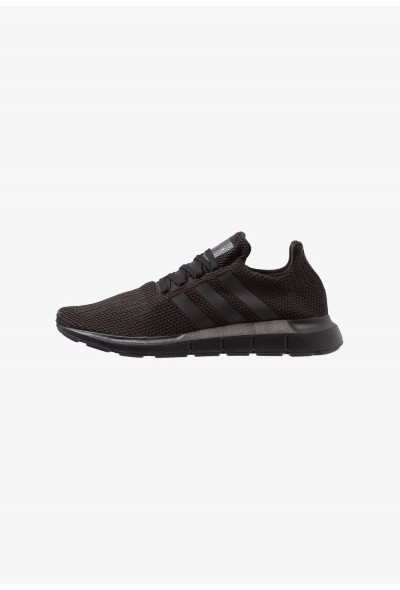 Cadeaux De Noël 2019 Adidas SWIFT RUN - Baskets basses core black/footwear white pas cher
