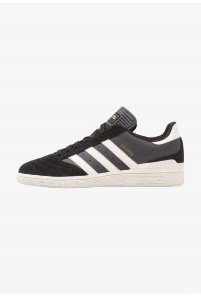 Adidas BUSENITZ - Baskets basses  core black/chalk white/dgh solid grey pas cher