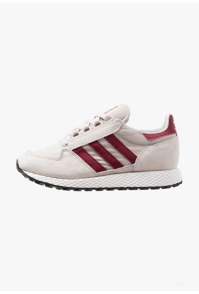 Adidas FOREST GROVE - Baskets basses chalk pearl/footwear white/core black pas cher