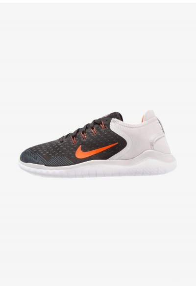 Nike FREE RN 2018 - Chaussures de course neutres black/total crimson/vast grey liquidation