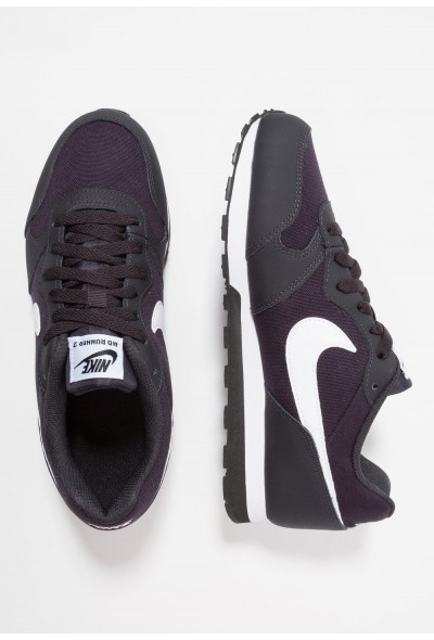 Nike MD RUNNER 2 - Baskets basses oil grey/white/black liquidation