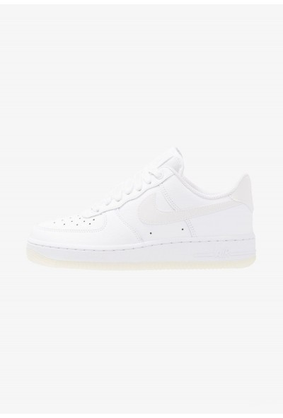 Black Friday 2020 | Nike AIR FORCE 1 '07 ESS - Baskets basses white liquidation