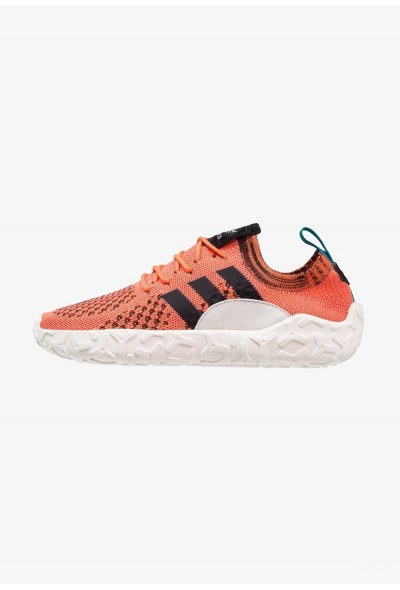 Adidas F/22 PK - Baskets basses crystal white/core black/trace orange pas cher