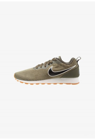 Nike MD RUNNER 2 ENG MESH - Baskets basses cargo khaki/black/neutral olive/light brown/sail liquidation