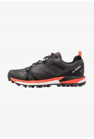 Adidas TERREX SKYCHASER LT GTX - Chaussures de marche grey three/core black/active orange pas cher
