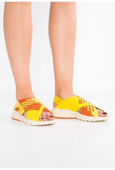 Nike AIR HUARACHE RUN - Sandales bright citron/monarch/campfire orange/camper green/beach liquidation