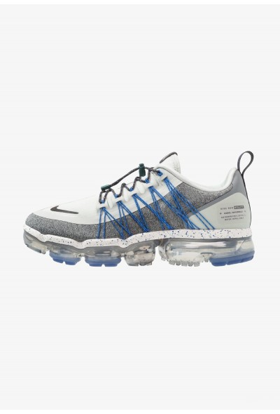 Nike AIR VAPORMAX RUN UTILITY - Chaussures de running neutres light silver/metallic dark grey/atmosphere grey/anthracite/team navy/faded spruce liquidation