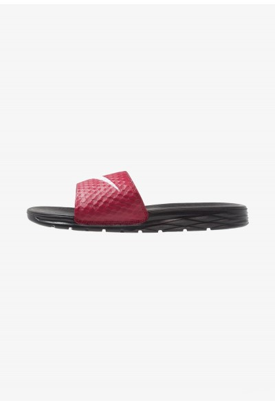 Nike BENASSI SOLARSOFT - Mules team red/white/black liquidation