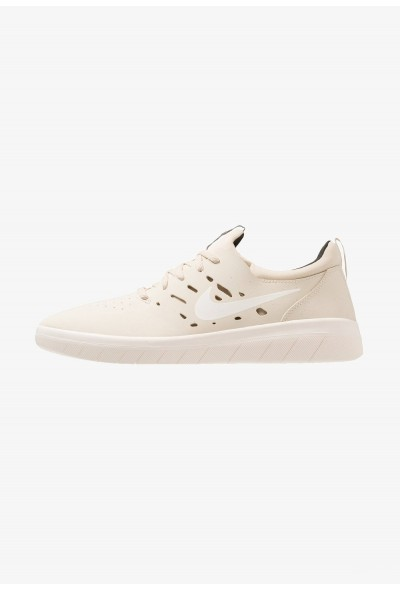 Nike NYJAH FREE - Baskets basses beach/sail/sequoia liquidation