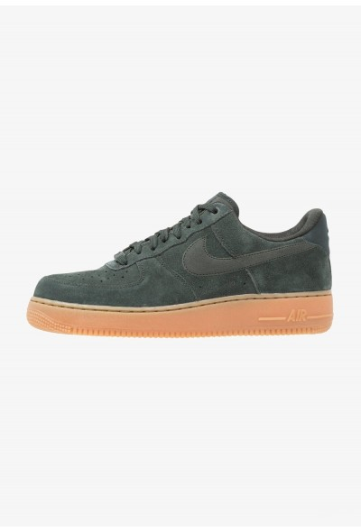 Nike AIR FORCE 1 07 LV8 SUEDE - Baskets basses outdoor green/medium brown/ivory liquidation