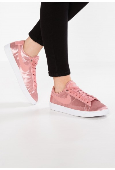 Nike BLAZER - Baskets basses rust pink/white liquidation