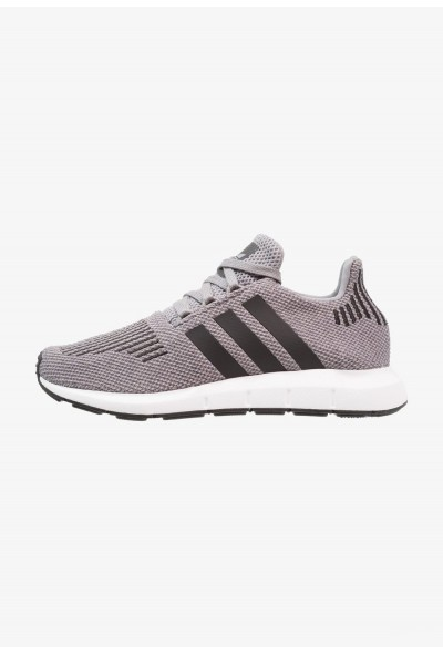 Adidas SWIFT RUN - Baskets basses grey three/core black/medium grey heather pas cher