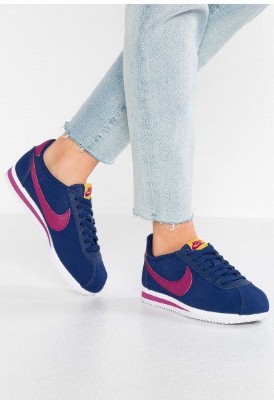 Black Friday 2020 | Nike CLASSIC CORTEZ - Baskets basses blue void/true berry/dark citron/white liquidation