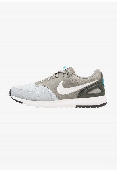 Nike AIR VIBENNA SE - Baskets basses light pumice/summit white/dark grey/light blue fury/sequoia liquidation